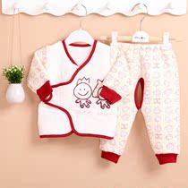 2013秋冬新款 婴儿衣服套装 宝宝开裆裤+斜襟上衣新生儿服装1356 价格:29.90
