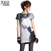 七格格OTHERMIX夏装新款 欧美潮酷人像印染中长款短袖T恤女 价格:97.30
