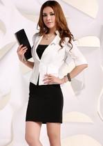 帅人生2013年新款时尚OL修身小西装三件套装 价格:162.00