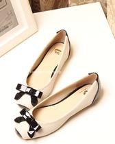 撞色拼接小方头平跟2013夏季新品女鞋韩版舒适百搭蝴蝶结平底单鞋 价格:62.00