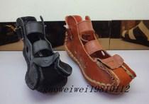 2013年夏季新款正品  足派2157平跟软底镂空皮带扣纯牛皮女凉鞋 价格:155.80