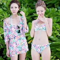 贝迪斯2013新款 钢托聚拢小胸时尚甜美风碎花比基尼三件泳衣13118 价格:131.60