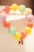 法国订单 夏日 唯美 糖果色 立体花树脂弹力手链手绳手环 价格:7.99