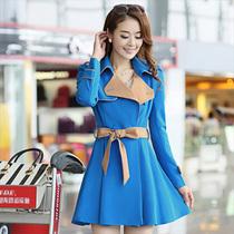 2013秋装新款肩章收腰风衣外套女 韩版修身显瘦中长款撞色风衣女 价格:179.00