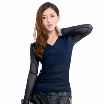2013秋冬女装新款蕾丝打底衫 韩版修身显瘦长袖V领女小衫上衣 价格:129.00