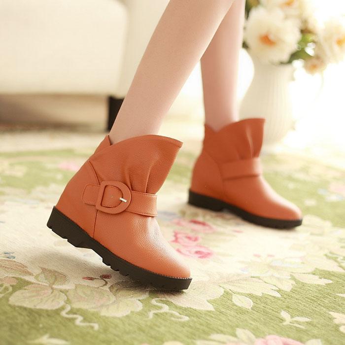 春秋季韩版新款平跟短靴马丁靴内增高平底裸靴子雪地靴皮带扣单靴 价格:69.90
