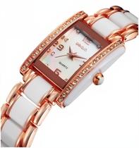 威琴weiqin正品 女士石英表 方形手表 水钻手链表 舒适安全不刮手 价格:126.00