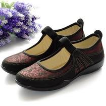 包邮 2013秋季老北京布鞋女鞋子高档中老年鞋妈妈鞋平底休闲单鞋 价格:59.00