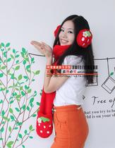 美丽说 可爱大草莓毛绒口罩保暖耳罩/耳捂/护耳围巾手套3件套 价格:4.80