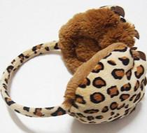 火爆新品 长毛绒豹爪耳套 豹纹耳套 时尚个性 冬季保暖耳罩 价格:8.50