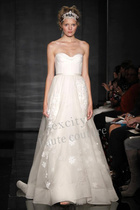 高级定制婚纱礼服--Reem Acra-上海实体店-定制实样 价格:6900.00
