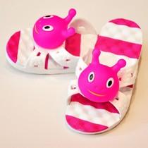 2013毛毛虫小熊小猪男女儿童夏季居家拖鞋 卡通凉鞋游泳浴室包邮 价格:15.10