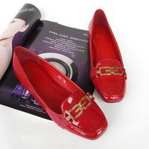 新款平跟平底单鞋 猪猪嘴方头 女鞋欧美风办公室必备漆皮工作鞋 价格:55.00