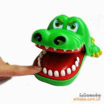 经典亲子游戏搞笑玩具整人玩具咬手玩具鄂鱼儿童玩具男孩女孩玩具 价格:9.75