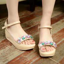 2014韩版夏季新款真皮平跟鱼嘴凉鞋女串珠水钻厚底平跟凉鞋女 786 价格:98.00