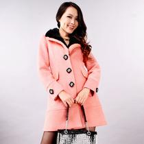 品牌专卖店女装O-Mei/欧美限量 高档獭兔毛领水钻扣顶级毛呢大衣 价格:389.00