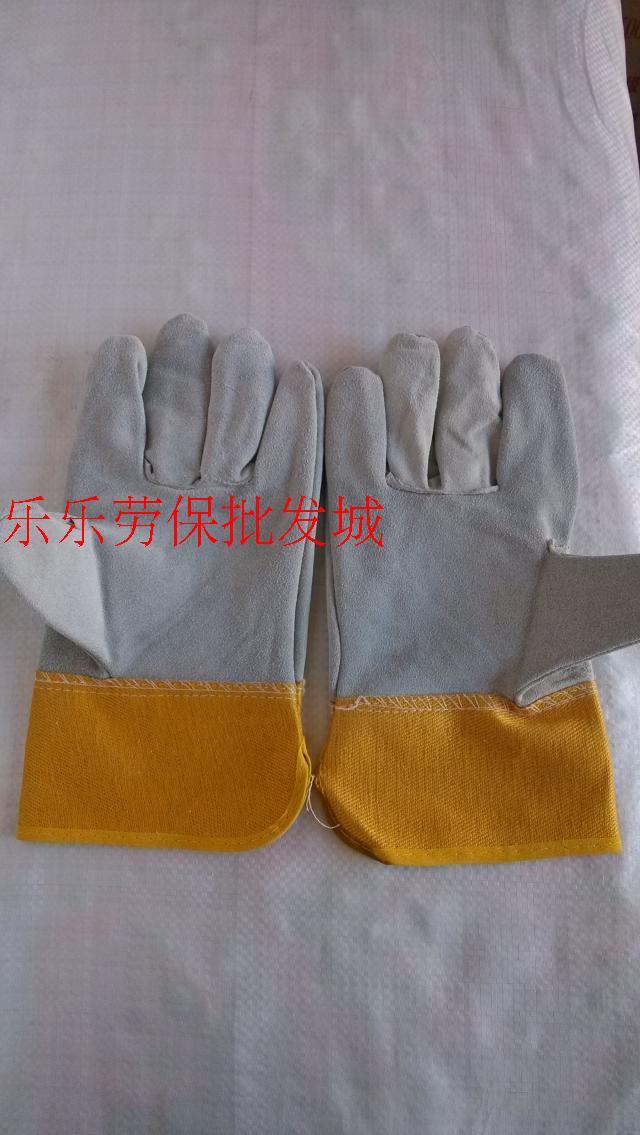 Защитные перчатки Физические магазины оптом сварочные перчатки короткие кожаные сварочные перчатки переехал железа износостойких перчатки