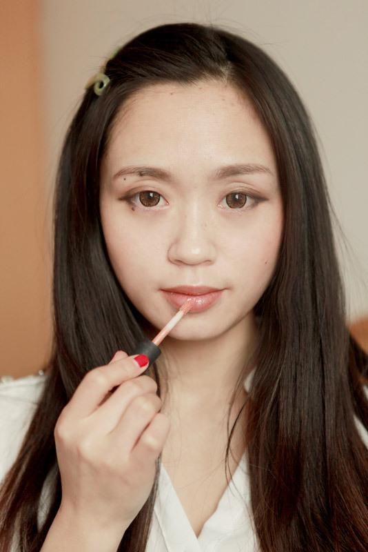 【凯梵蒂蜗牛BB乳霜】Monmon简约干练OL妆显知性 - monmon -