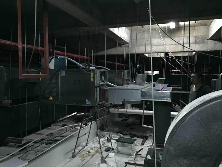 泽生科技安装湿腾转轮除湿机施工现场图