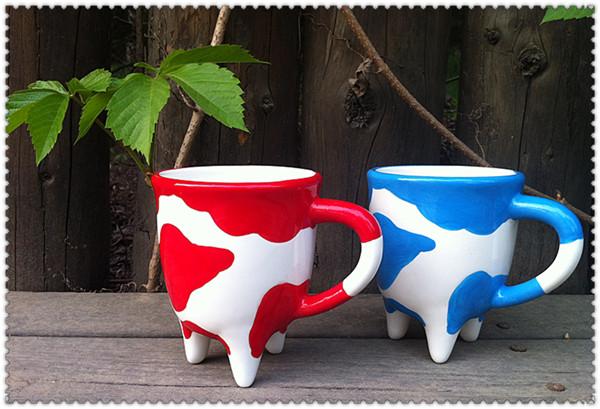 手绘超可爱的奶牛牛奶杯 情侣杯