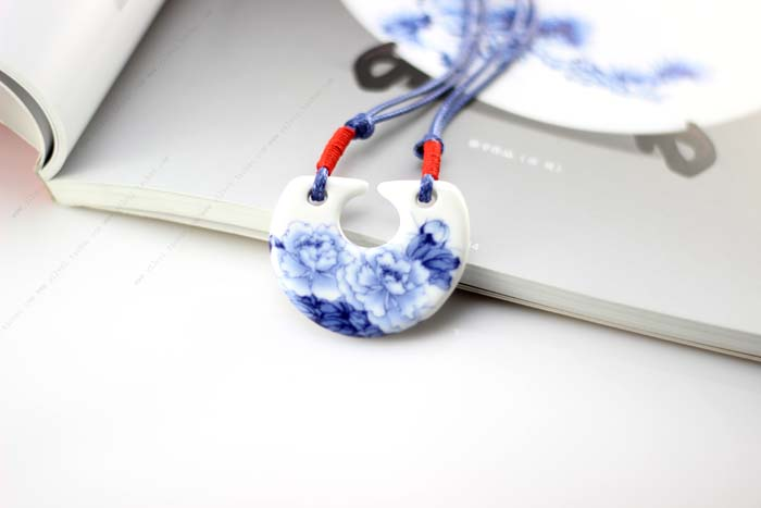 Creative Flower Ceramic Stylish Decorative Pendent Ornaments