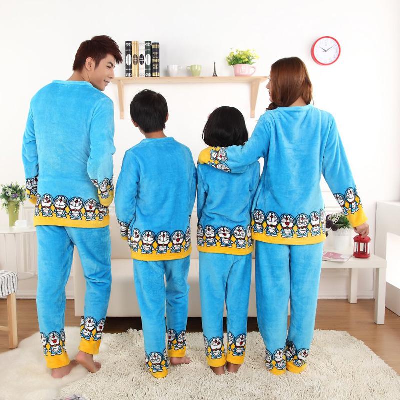 Пижама Коралловые флис весело милые толщиной фланелевой пижаме Doraemon Doraemon весело Семейные пары Kit